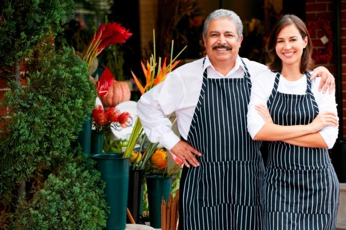el independiente con su negocio familiar.... Alejandro Nieto Medina Emprendimiento Empresarial y Libertad Financiera